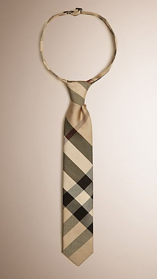 Cravate moderne en soie à motif check