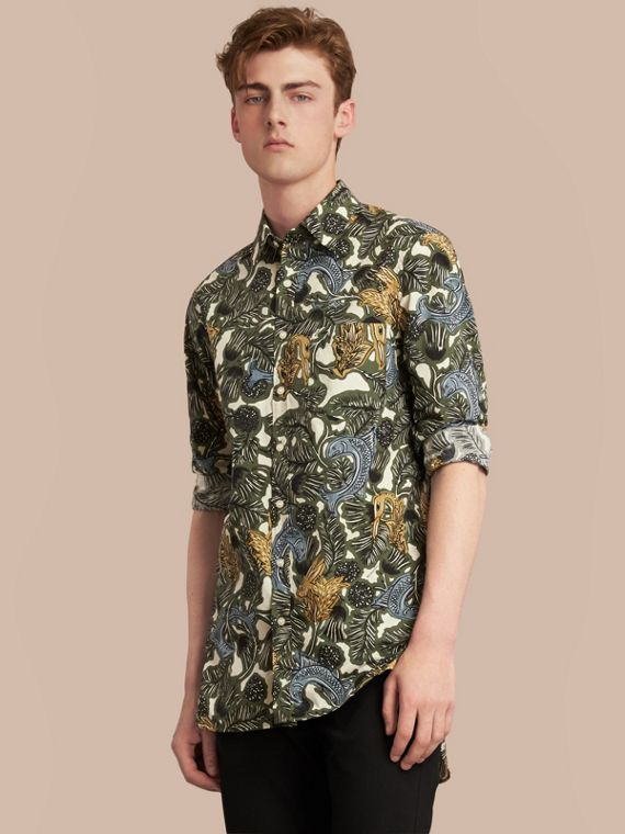 Beasts Print Cotton Poplin Longline Shirt in Sage Green - Men | Burberry Canada