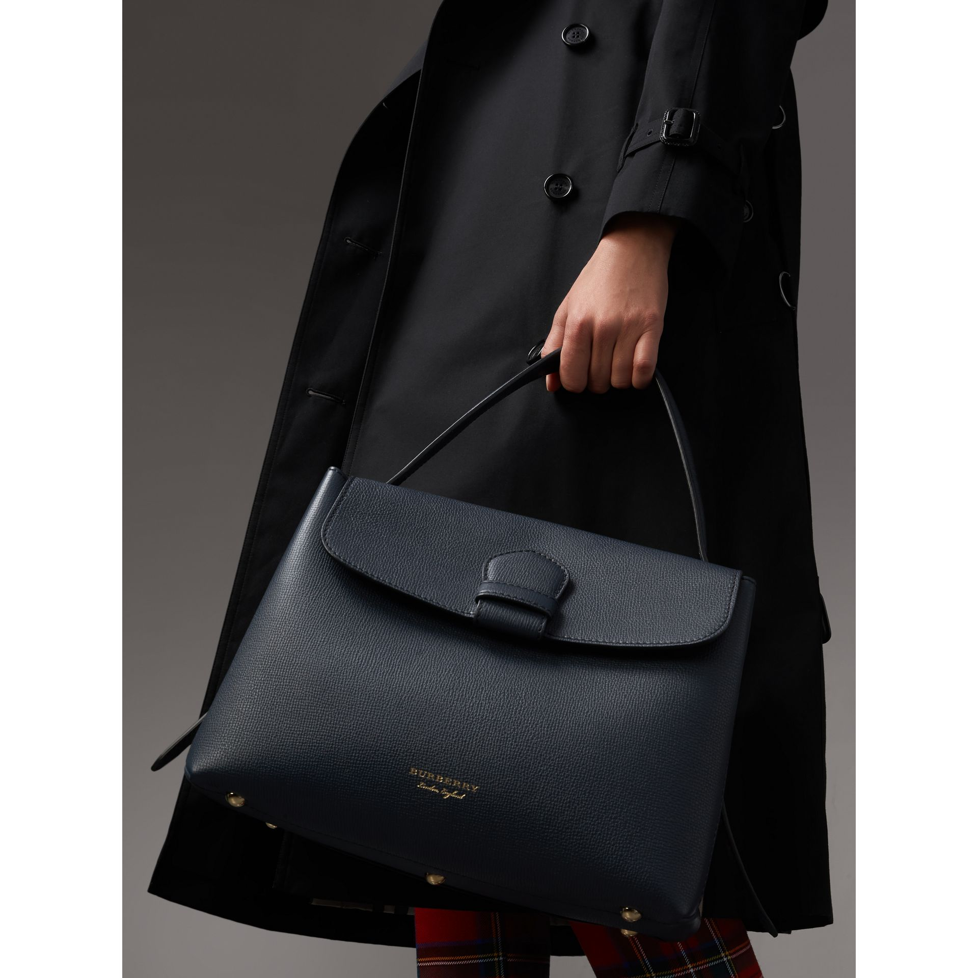 Medium Grainy Leather and House Check Tote Bag in Ink Blue - Women | Burberry - gallery image 3