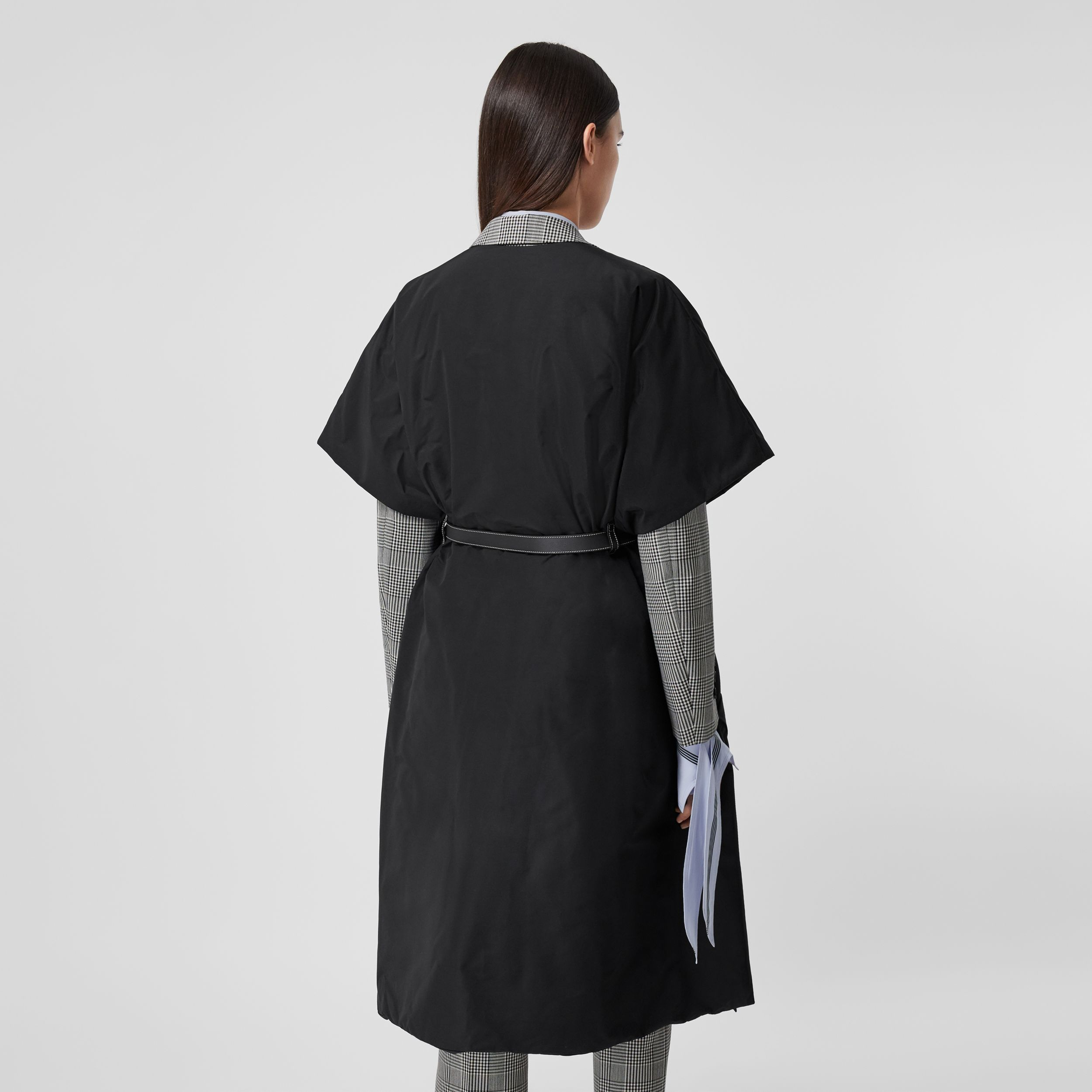 Short-sleeve Technical Cotton Belted Cape in Black - Women | Burberry - 3