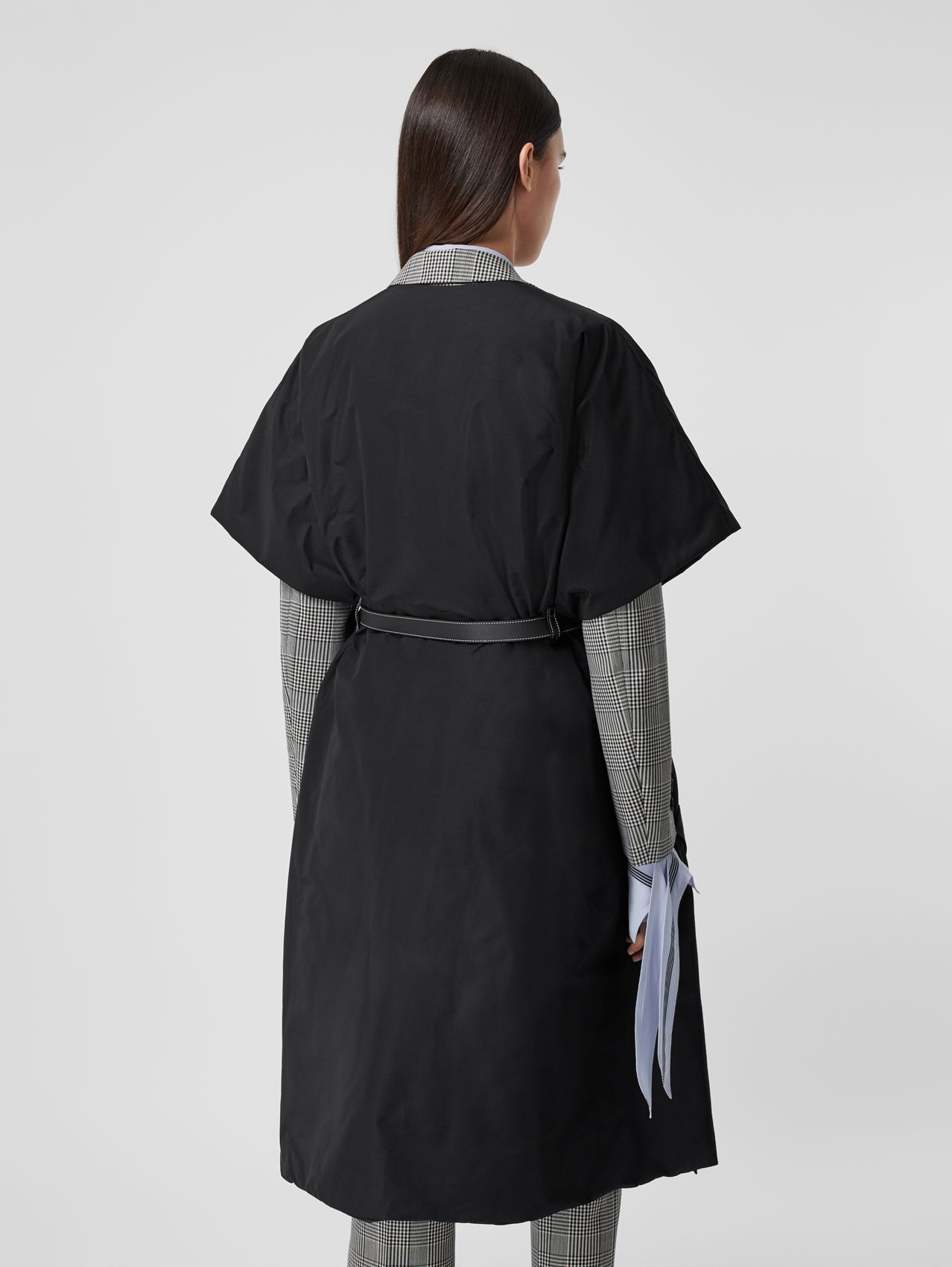 Short-sleeve Technical Cotton Belted Cape in Black