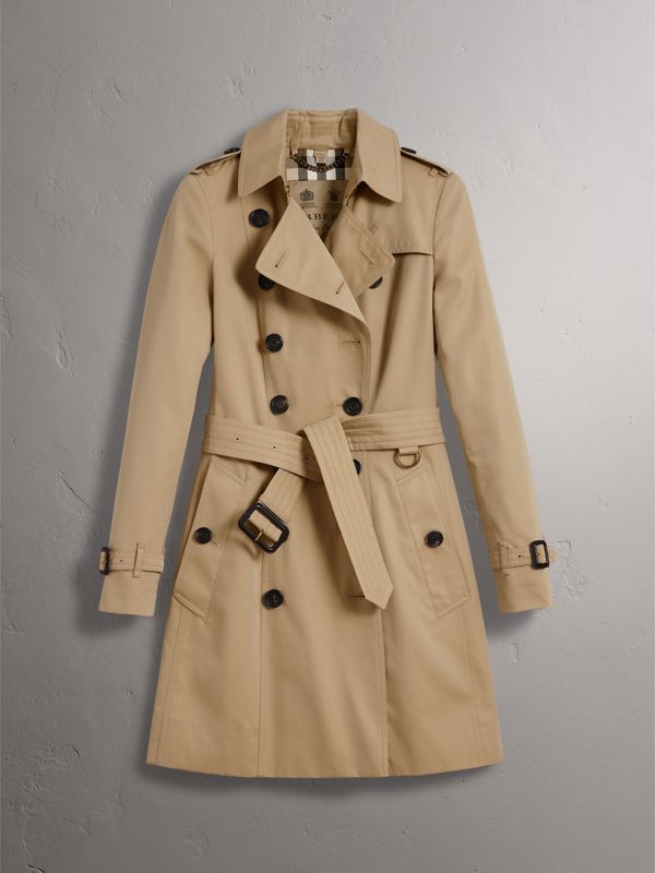 The Chelsea – Mid-length Trench Coat in Honey - Women | Burberry United States - cell image 3