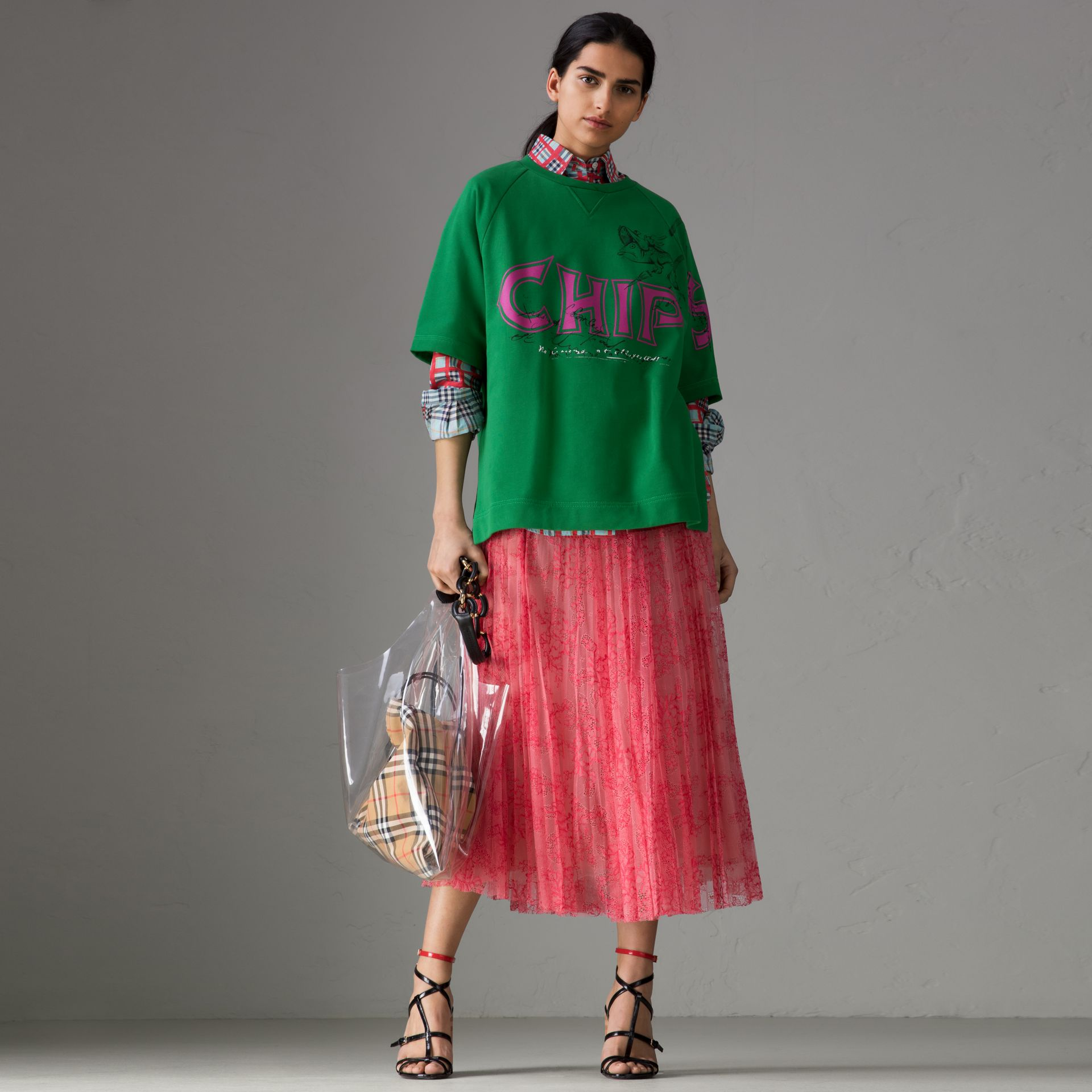 Fish and Chips Print Cotton Sweatshirt in Pigment Green - Women | Burberry Singapore - gallery image 0