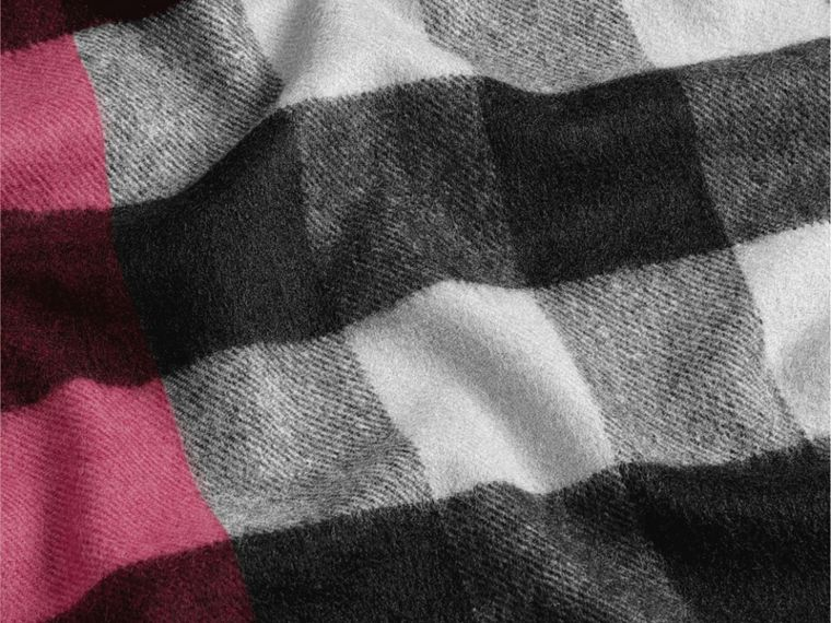 Plum check The Large Classic Cashmere Scarf in Check Plum - cell image 4