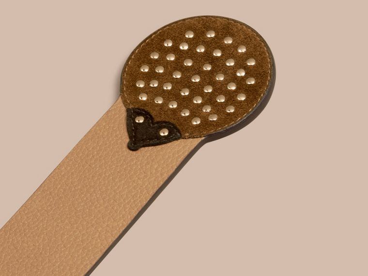 Camel Hedgehog Detail Grainy Leather Bookmark - cell image 1