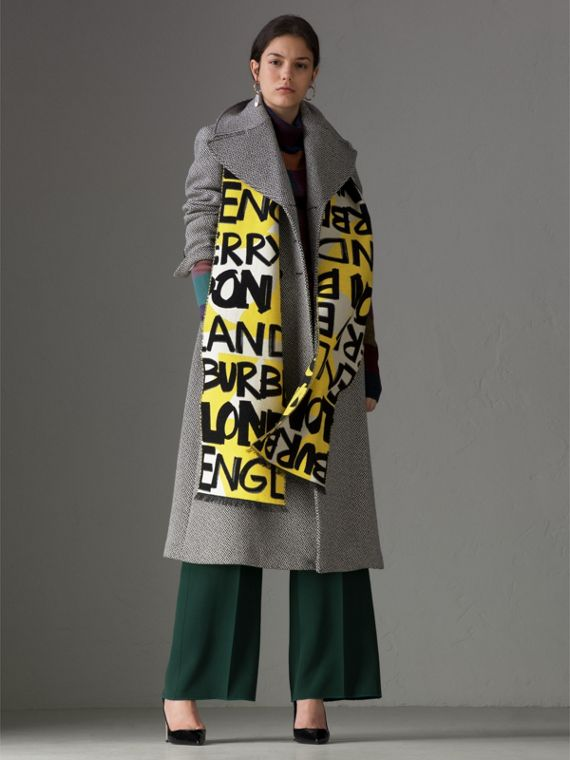 Graffiti Cotton Jacquard Scarf in Bright Yellow | Burberry - cell image 2