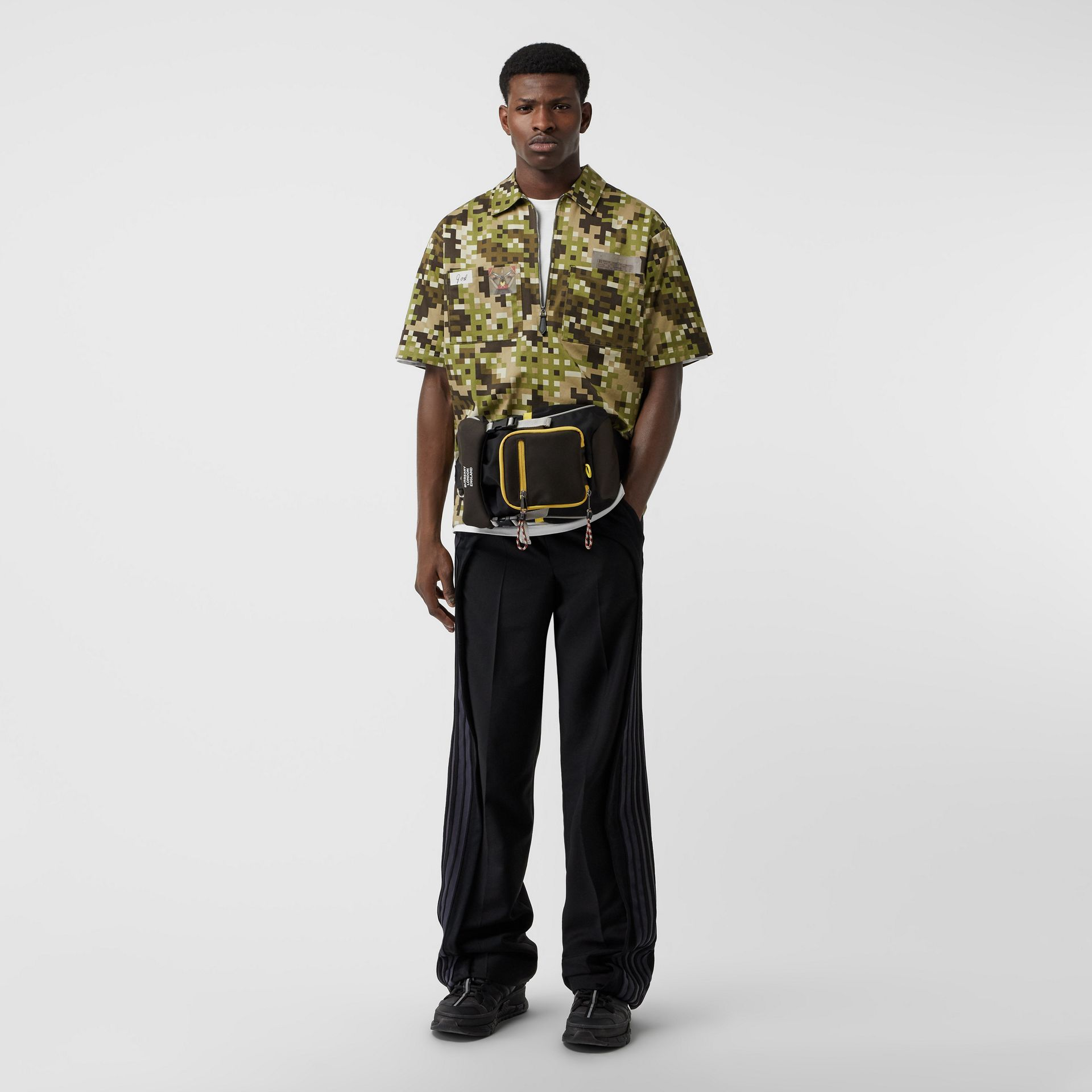Short-sleeve Montage Print Cotton Shirt in Khaki | Burberry Canada - gallery image 0