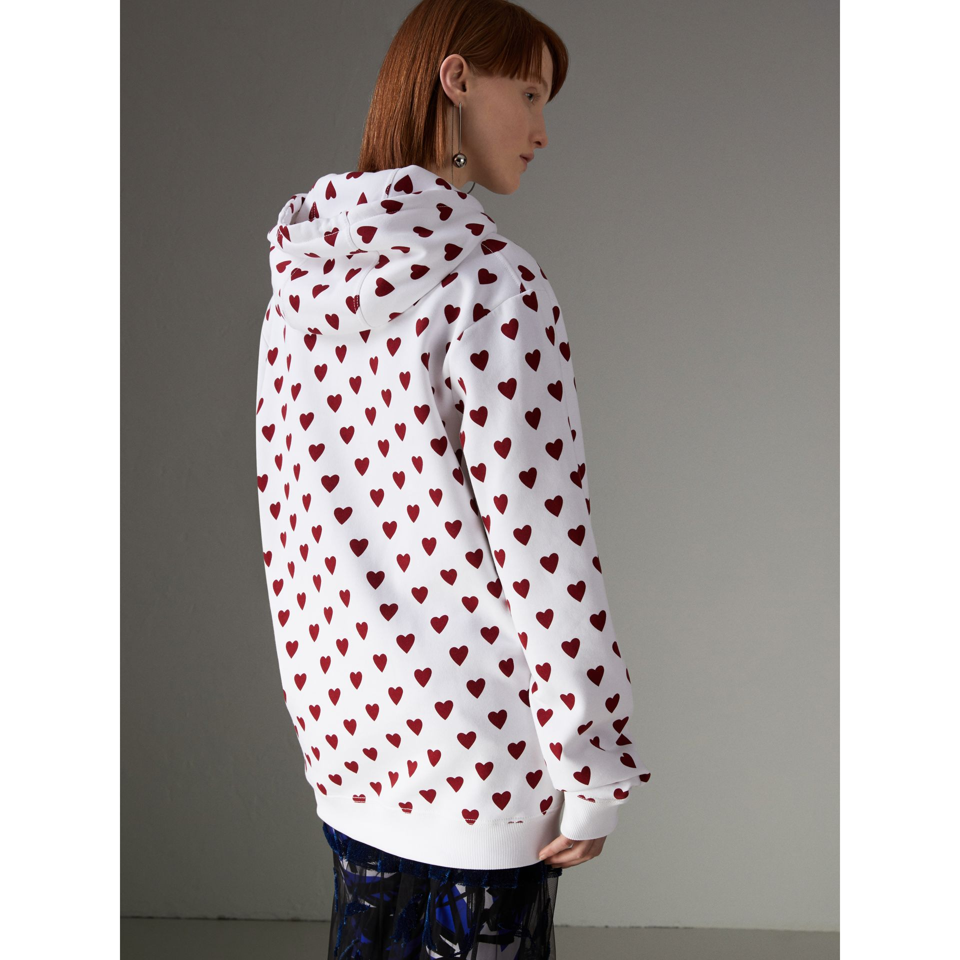 Heart Print Hoodie in Windsor Red - Women | Burberry United Kingdom - gallery image 2