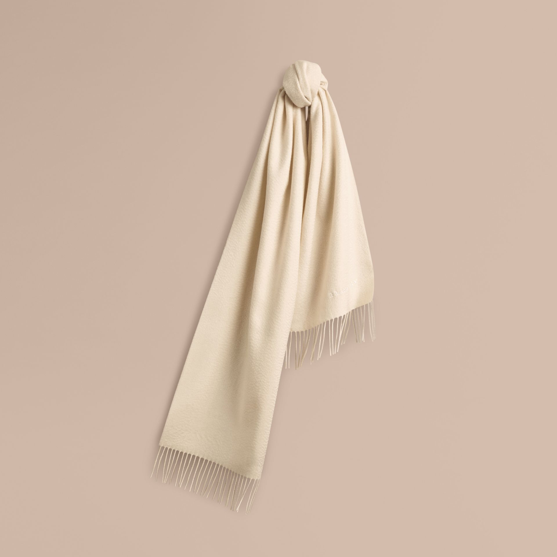 The Classic Cashmere Scarf Natural White - gallery image 5