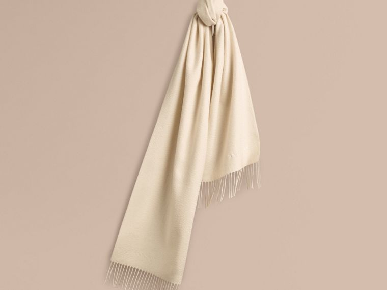 The Classic Cashmere Scarf in Natural White | Burberry - cell image 4
