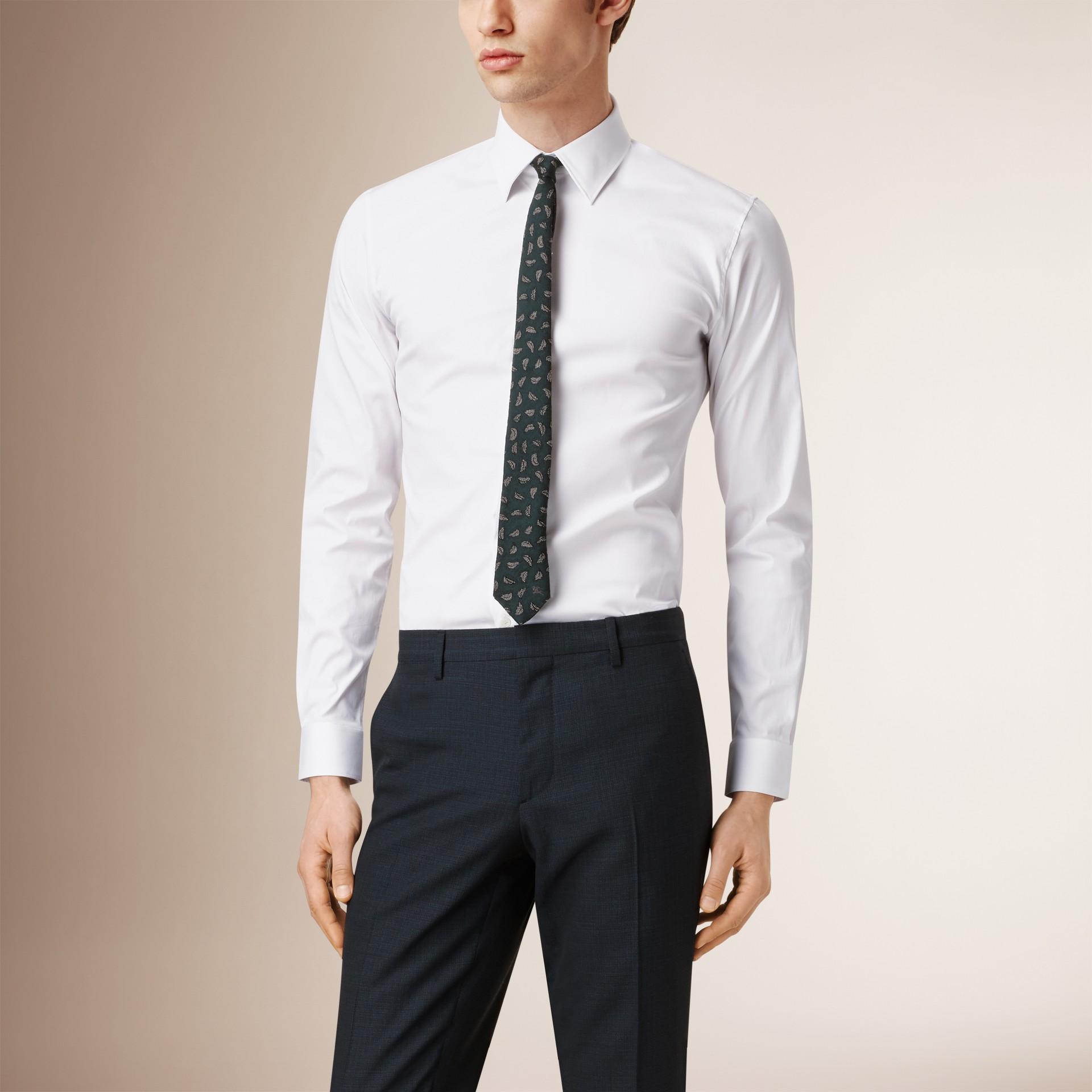 Camisa de algodão stretch com corte slim (Branco) - Homens | Burberry - galeria de imagens 0