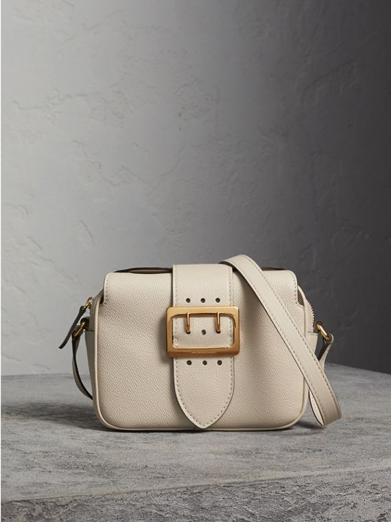 The Small Buckle Crossbody Bag in Leather in Limestone