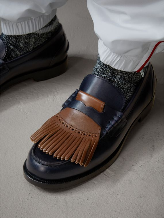 Contrast Kiltie Fringe Leather Loafers in Navy/dark Tan
