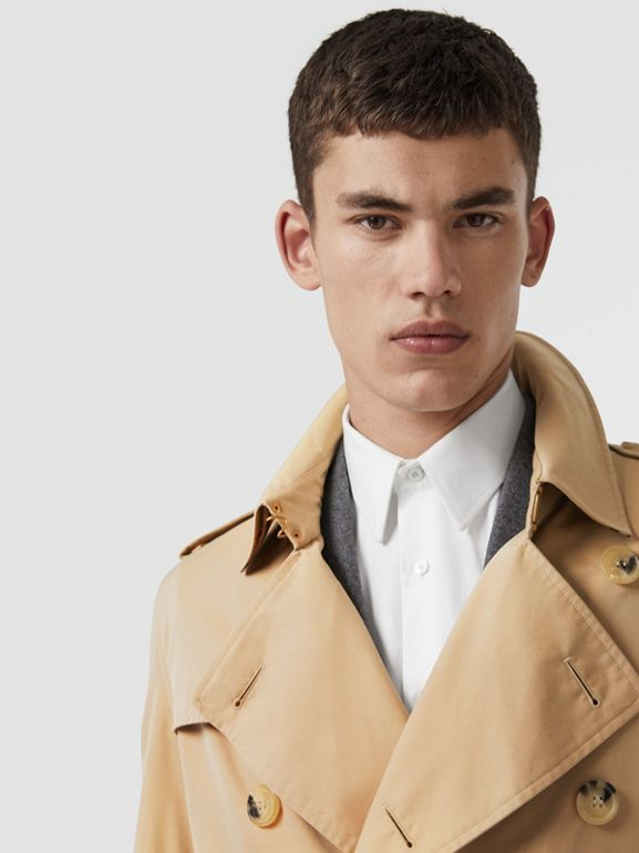 The Long Kensington Heritage Trench Coat in Honey - Men | Burberry Hong Kong - cell image 1