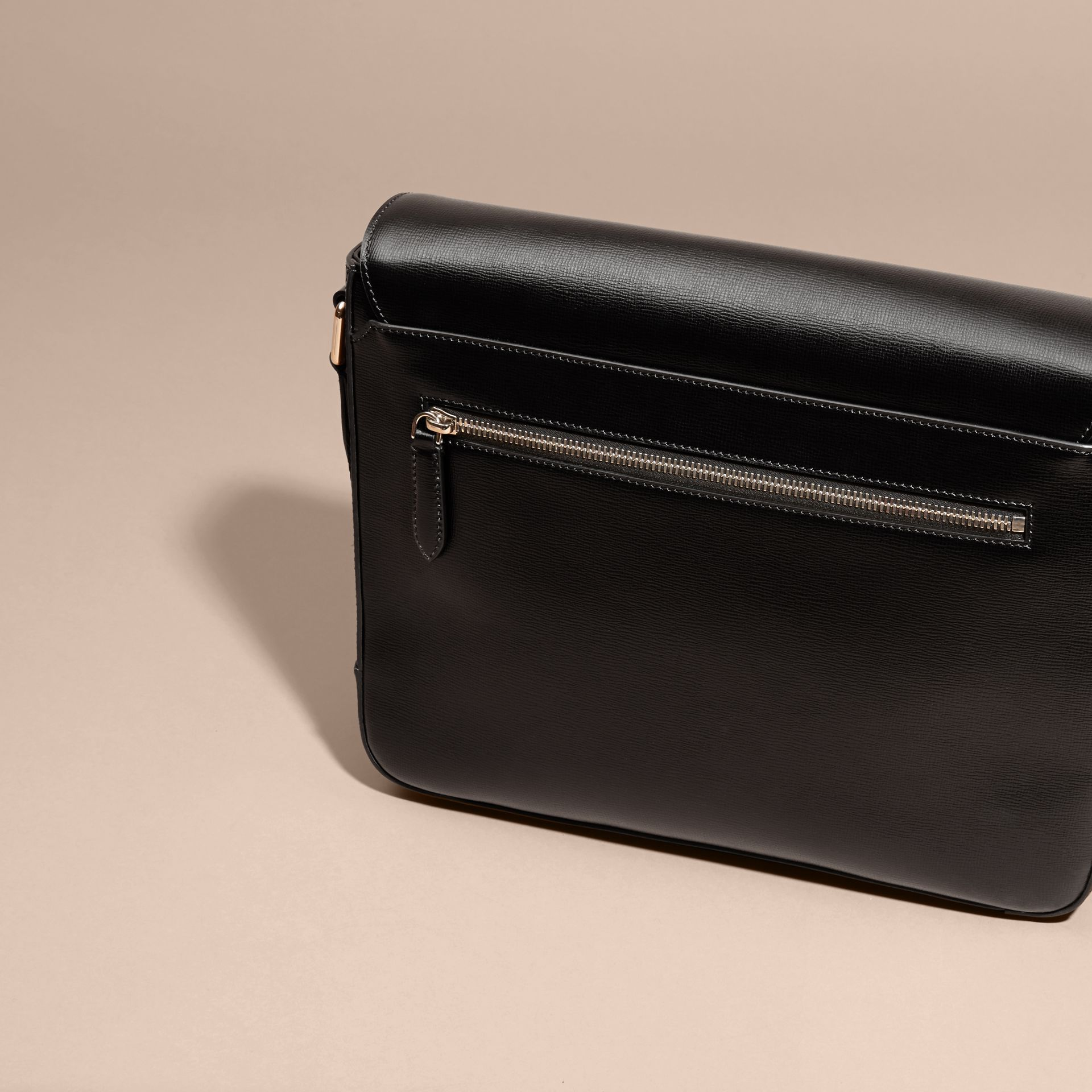Medium London Leather Messenger Bag in Black - gallery image 4