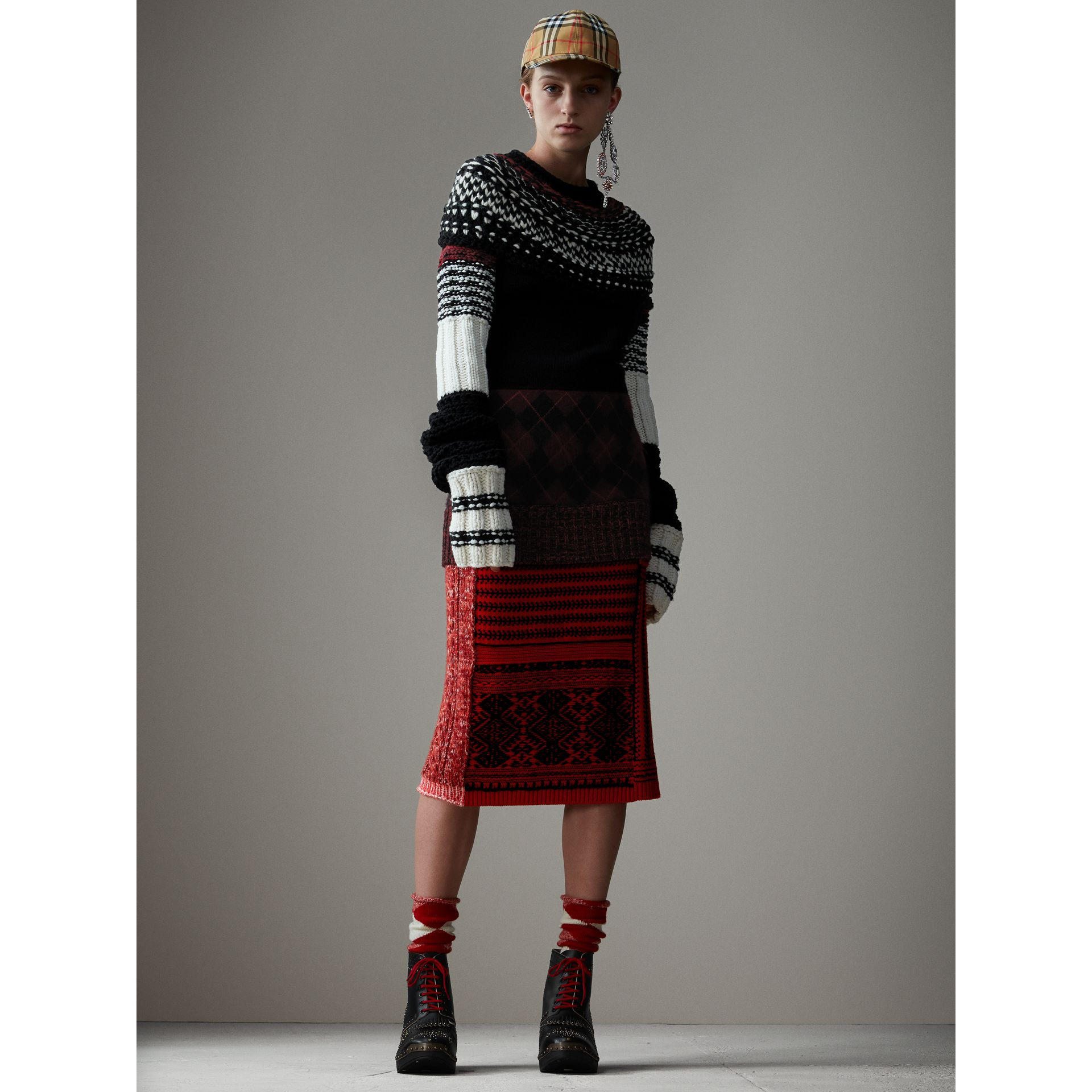Hand-knitted Yoke Cashmere Wool Sweater in Black - Women | Burberry - gallery image 7