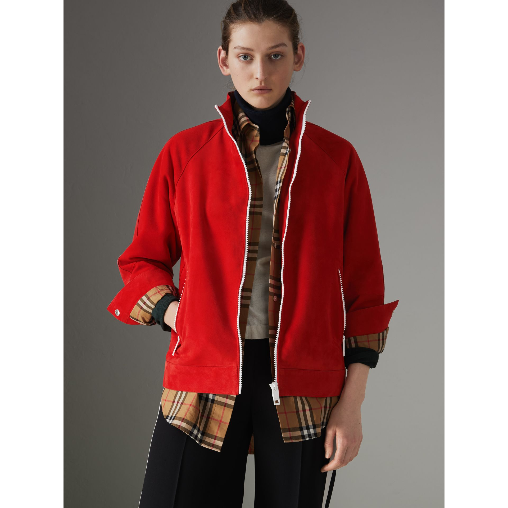 Veste de survêtement en cuir velours (Rouge Vif) - Femme | Burberry - photo de la galerie 5