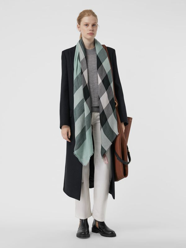 Lightweight Check Cashmere Scarf in Dusty Mint | Burberry Australia - cell image 2