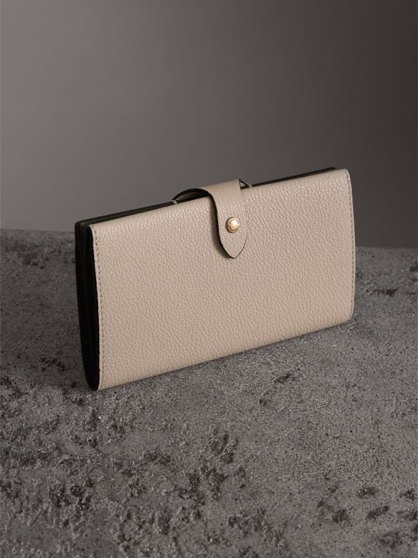 Equestrian Shield Two-tone Leather Continental Wallet in Stone - Women | Burberry Canada - cell image 2
