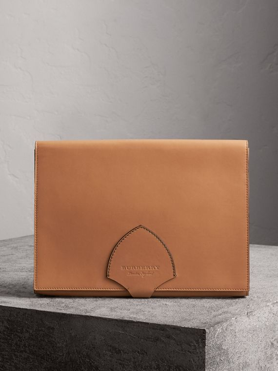 Equestrian Shield Two-tone Leather A4 Document Case in Camel