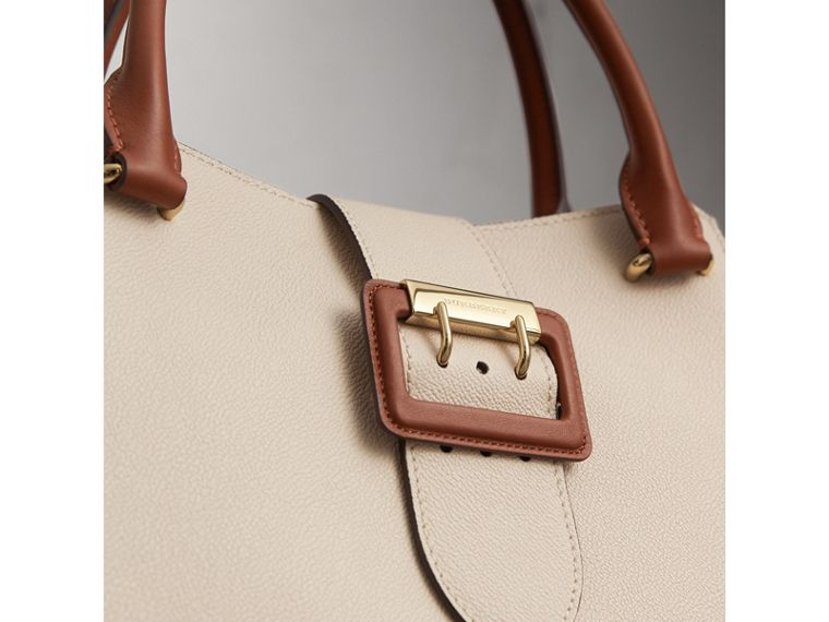 The Medium Buckle Tote in Two-tone Grainy Leather in Limestone - Women | Burberry United States - cell image 1