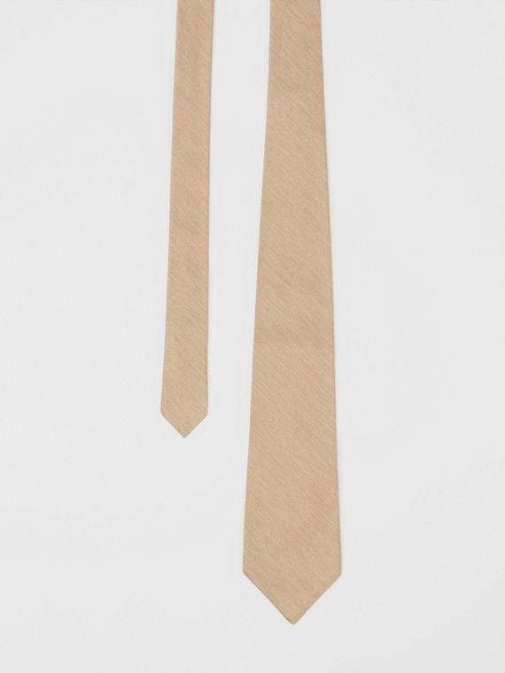 Classic Cut Silk Tie in Soft Fawn