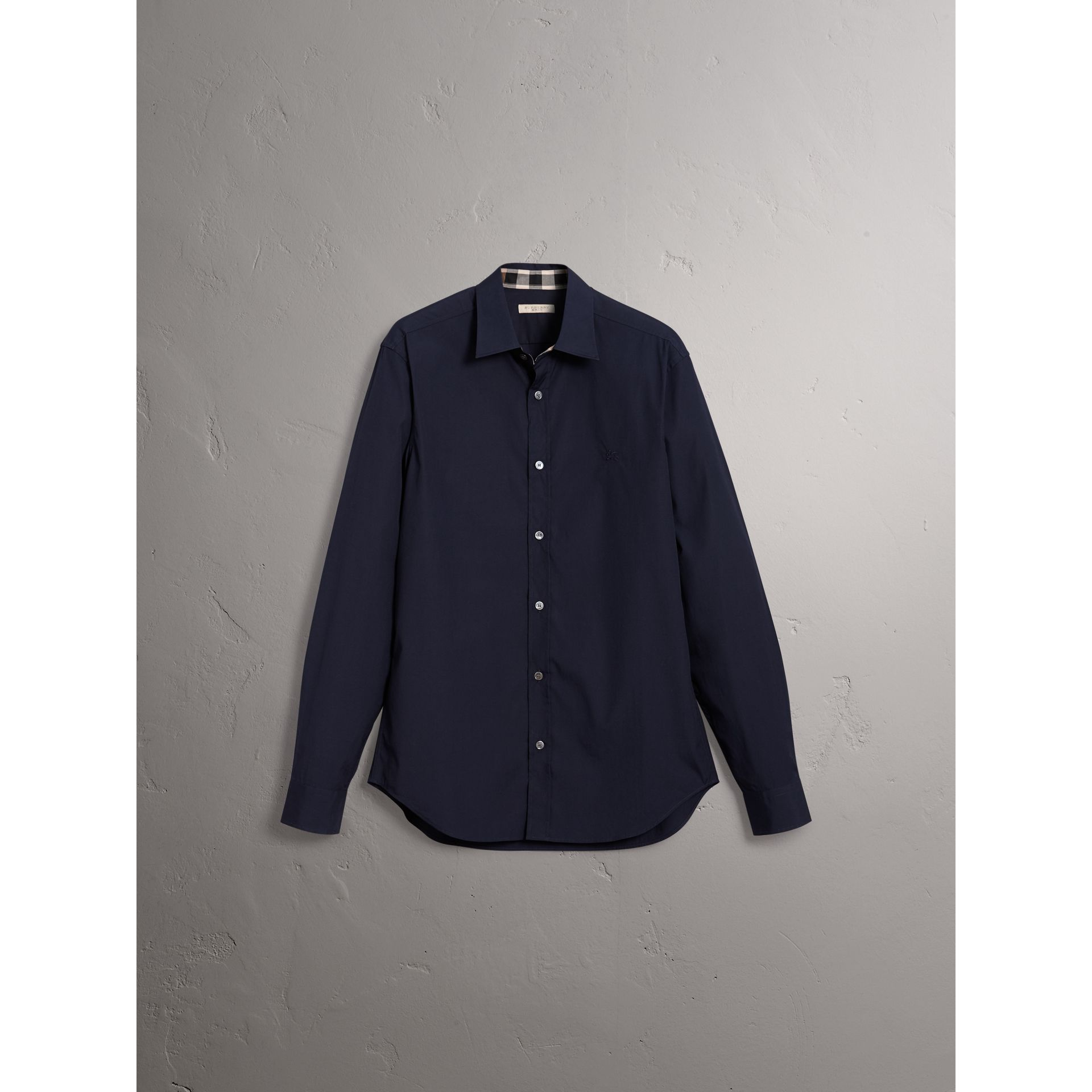 Check Detail Stretch Cotton Poplin Shirt in Navy - Men | Burberry Canada - gallery image 3
