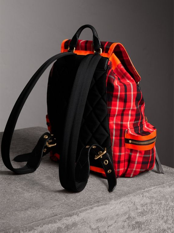 The Large Rucksack in Tartan Check Cotton in Vibrant Red | Burberry Hong Kong - cell image 3