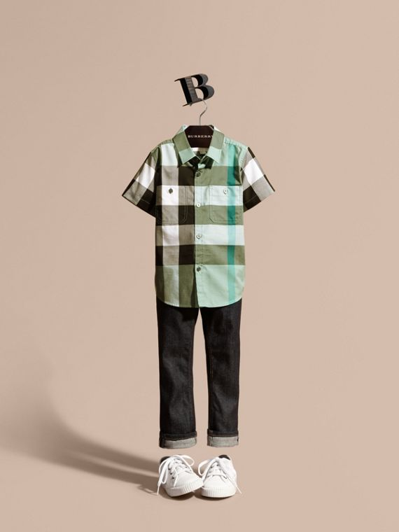 Short-sleeve Check Cotton Shirt in Eucalyptus