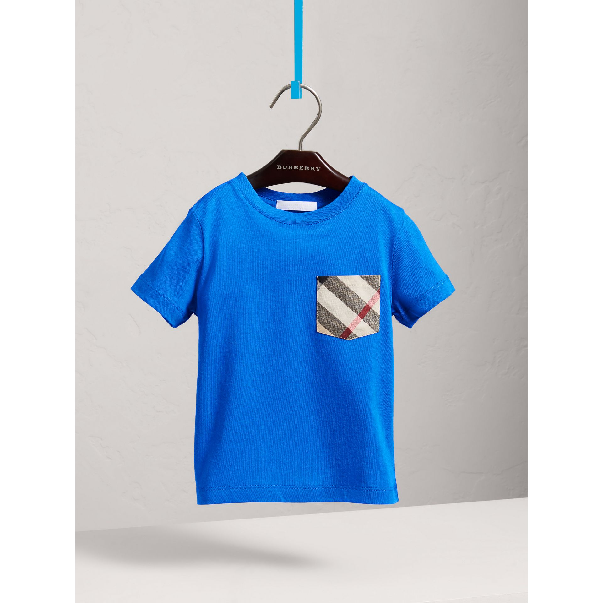 Check Pocket Cotton T-shirt in Cobalt Blue - Boy | Burberry - gallery image 3