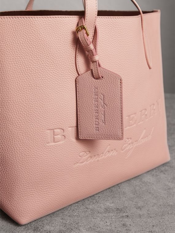 Grainy Leather Luggage Tag in Pale Ash Rose - Women | Burberry United Kingdom - cell image 3