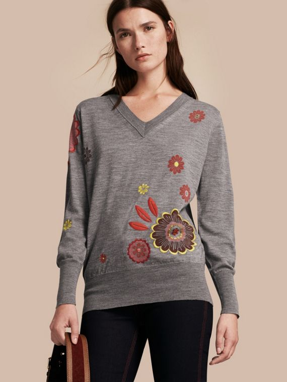 Floral Embellished Merino Wool V-neck Sweater
