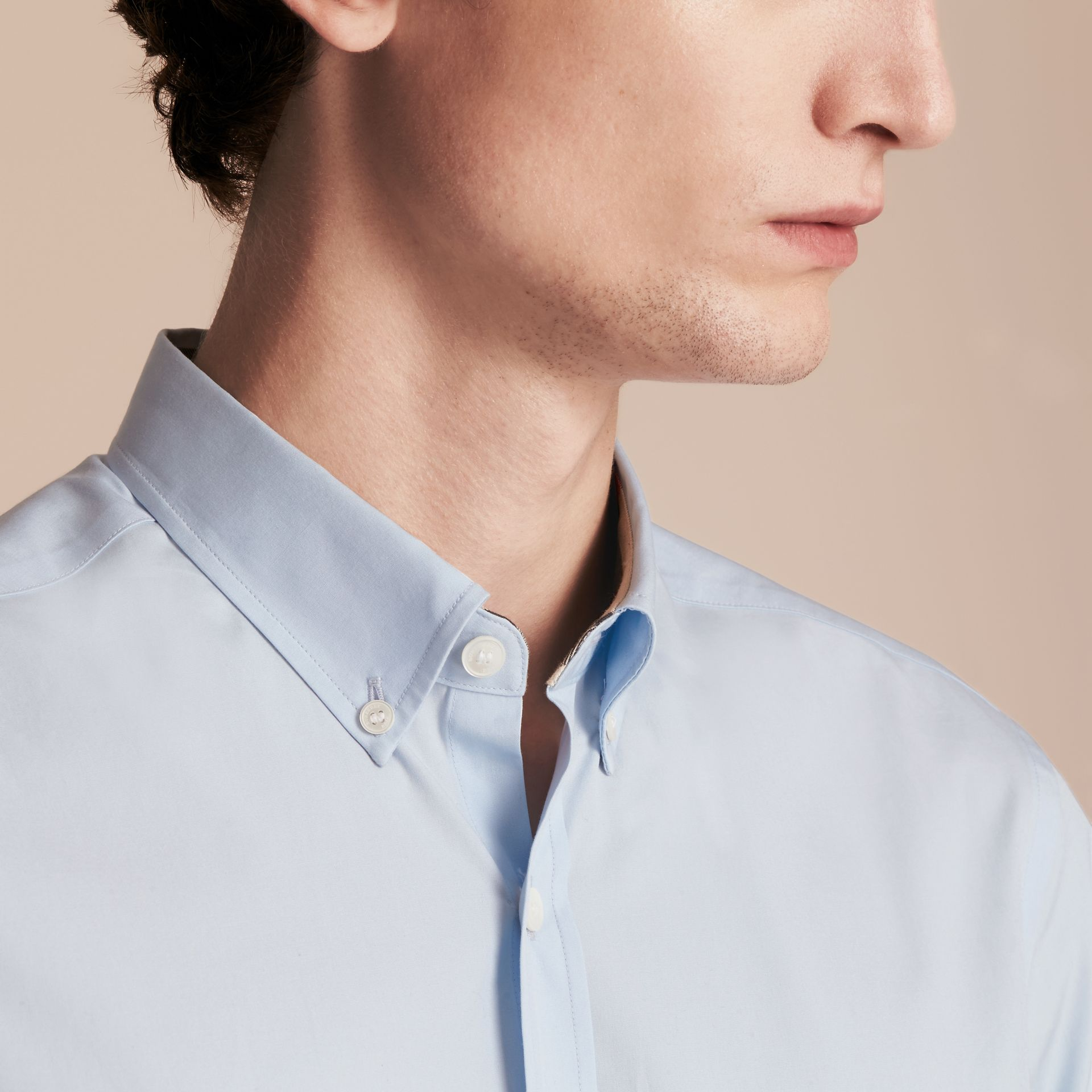 Short-sleeved Stretch Cotton Poplin Shirt in Pale Blue - Men | Burberry Hong Kong - gallery image 5