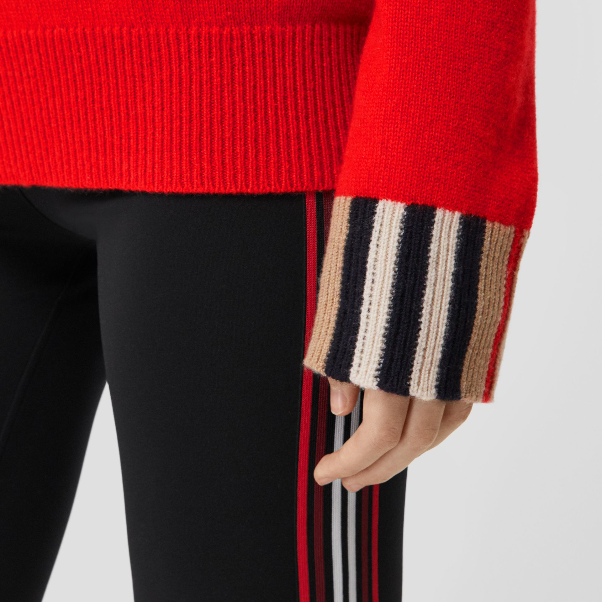 Icon Stripe Trim Cashmere Sweater in Bright Red - Women | Burberry - gallery image 4