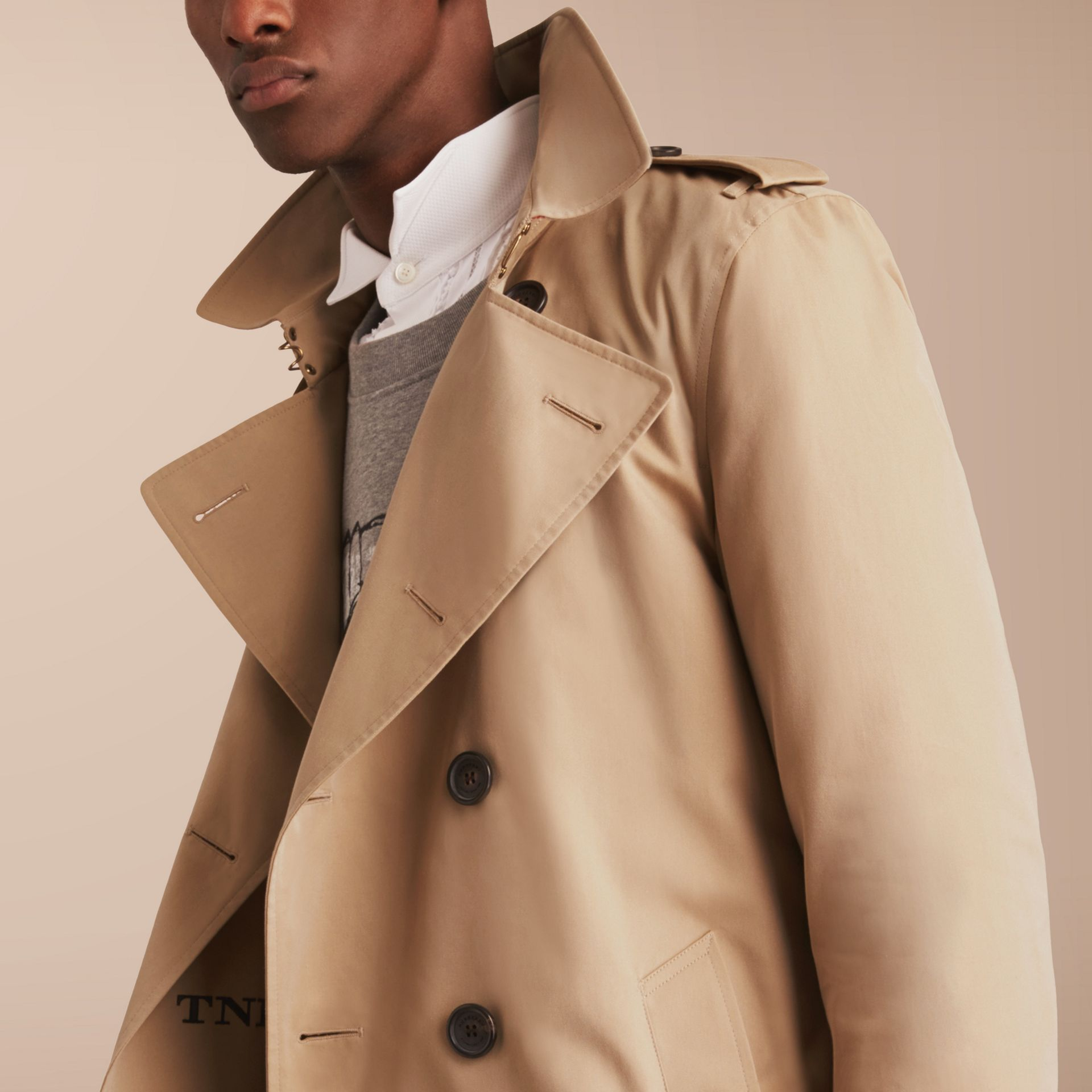 The Kensington – Short Heritage Trench Coat in Honey - gallery image 7