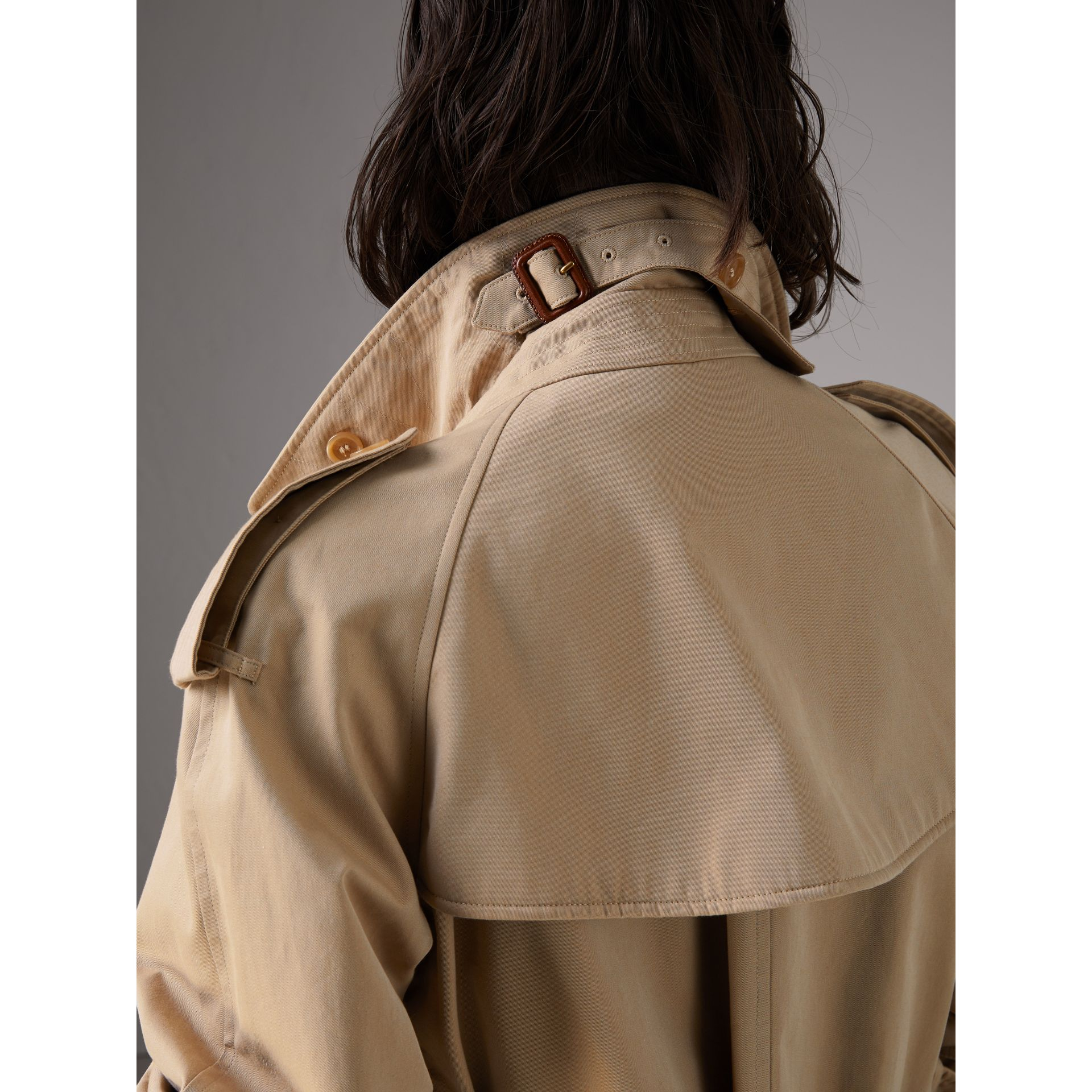 Bird Button Cotton Gabardine Trench Coat in Honey - Women | Burberry - gallery image 4