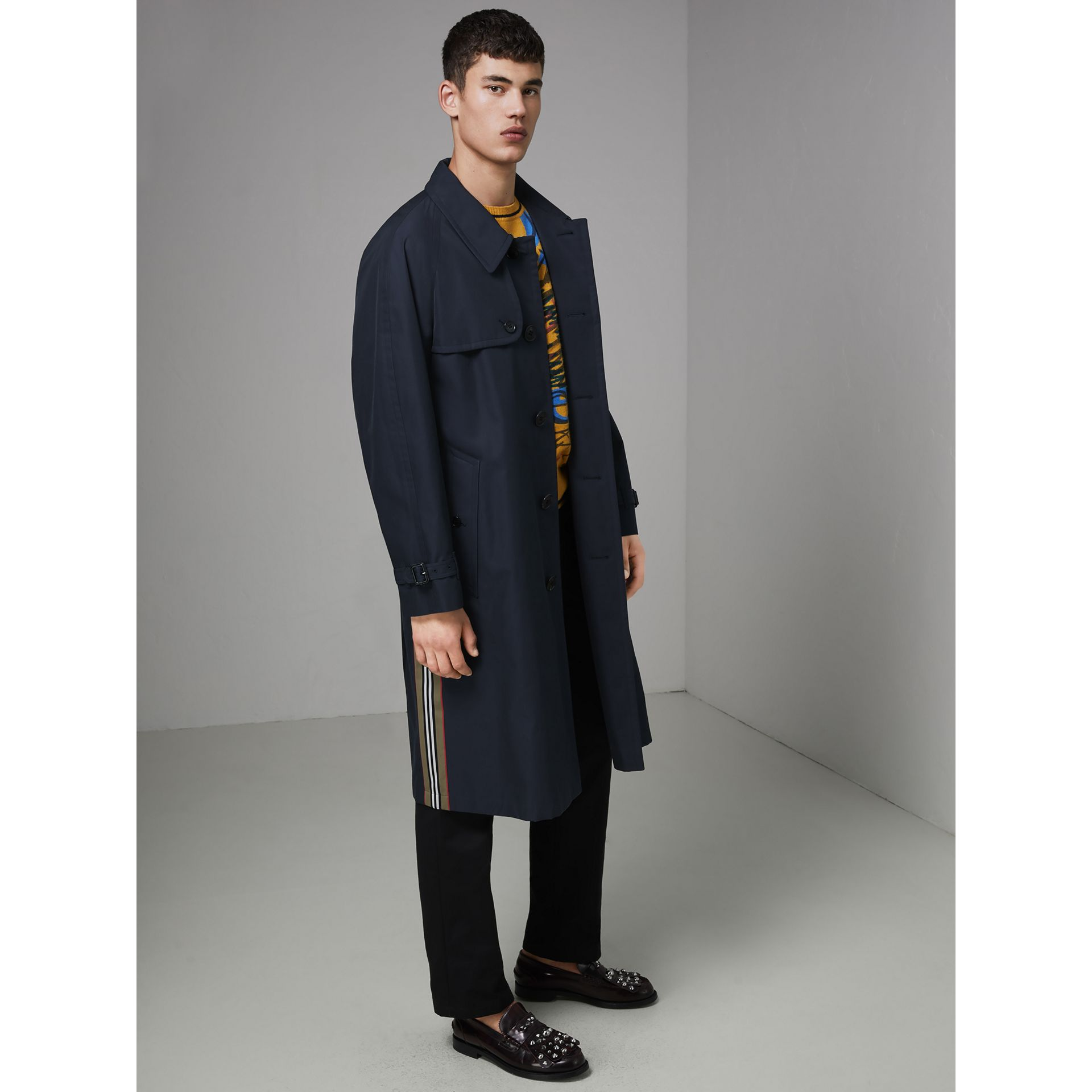 Heritage Stripe Cotton Gabardine Trench Coat in Navy - Men | Burberry - gallery image 4