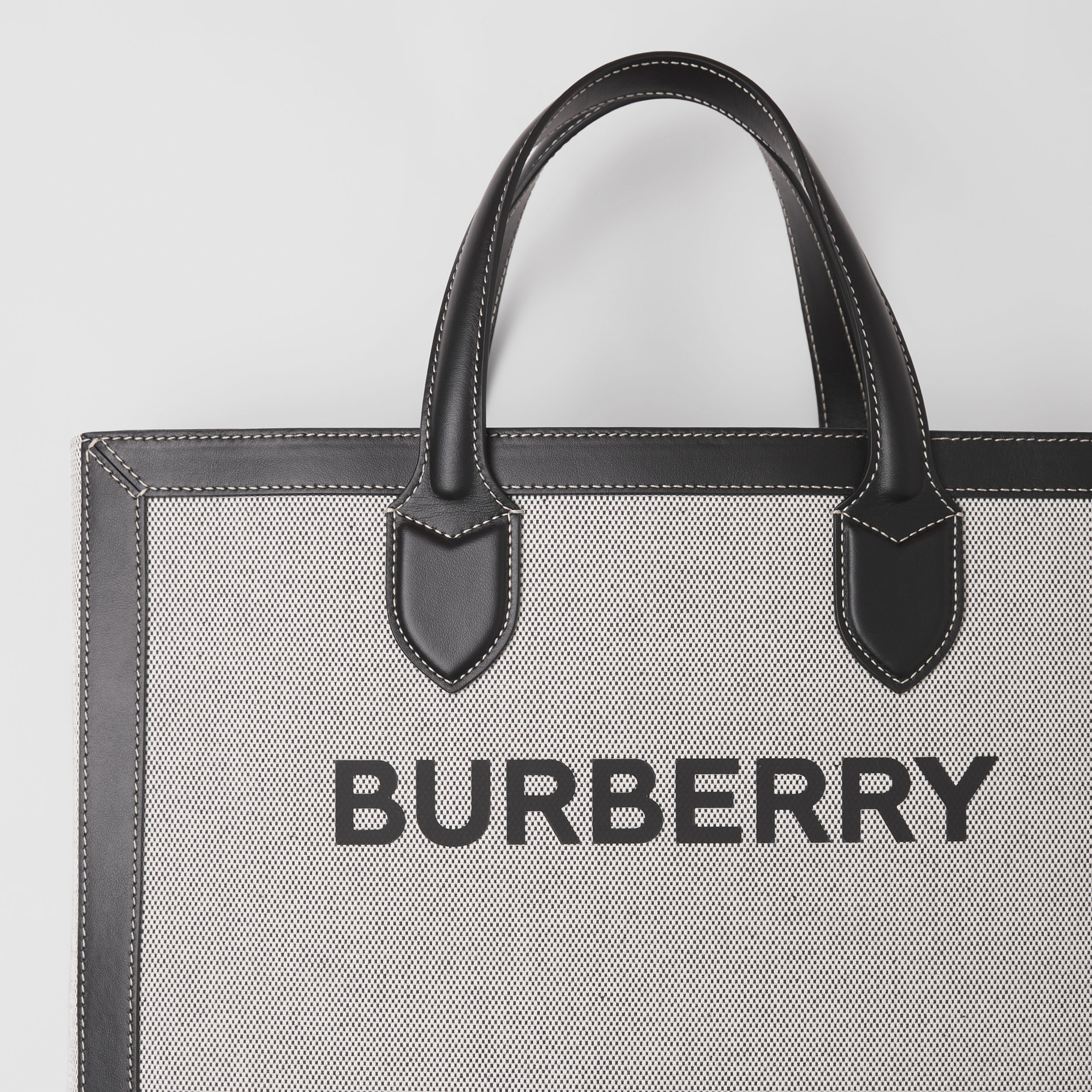 Horseferry Print Canvas and Leather Tote in Black | Burberry - 2