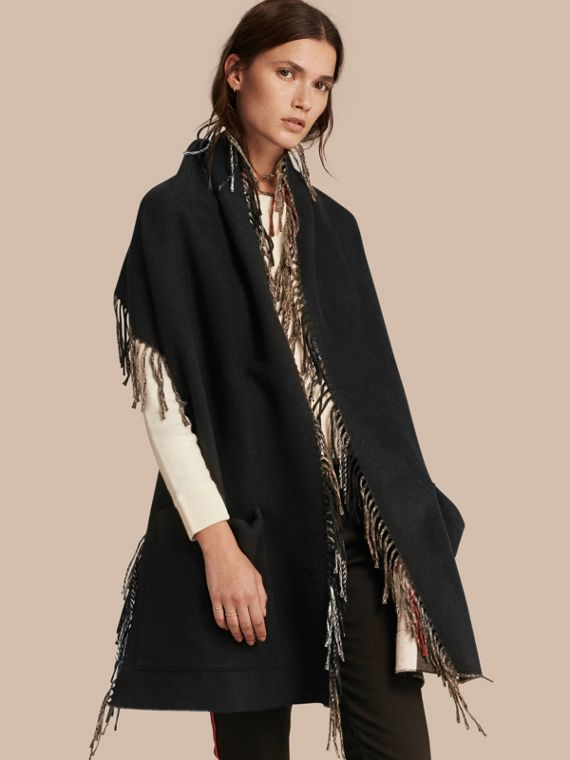 Fringed Cashmere Merino Wool Stole in Camel/black