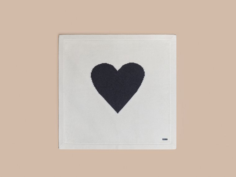 Bianco naturale Coperta per neonato in cashmere con cuore a intarsio - cell image 2