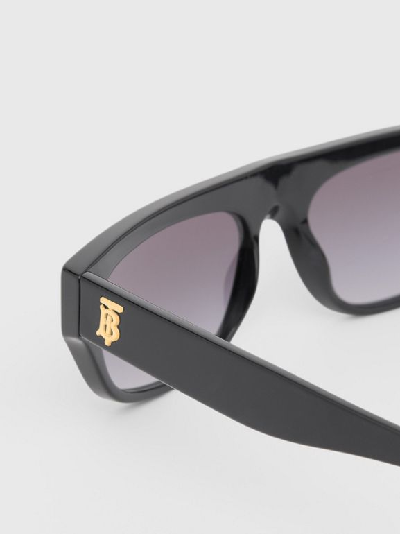 Monogram Motif Rectangular Frame Sunglasses in Black - Women | Burberry - cell image 1