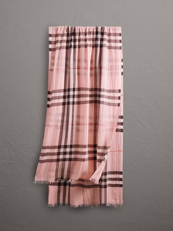 輕盈格紋羊毛絲綢圍巾 (煙燻玫瑰色)