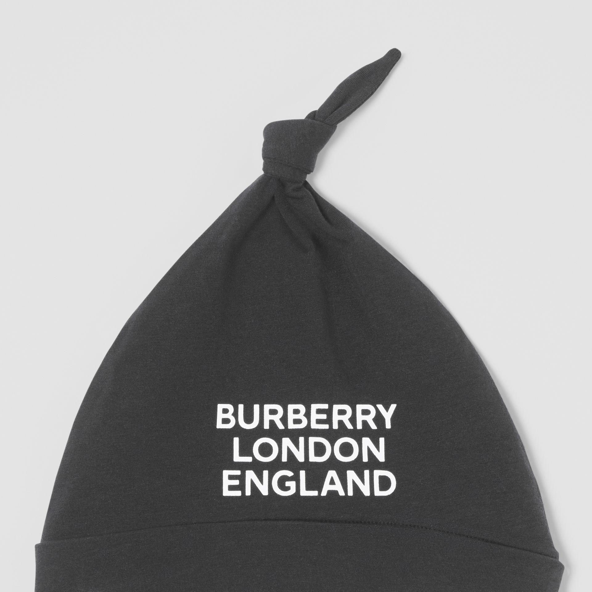 Logo Print Organic Cotton Two-piece Baby Gift Set in Black - Children | Burberry United Kingdom - gallery image 7
