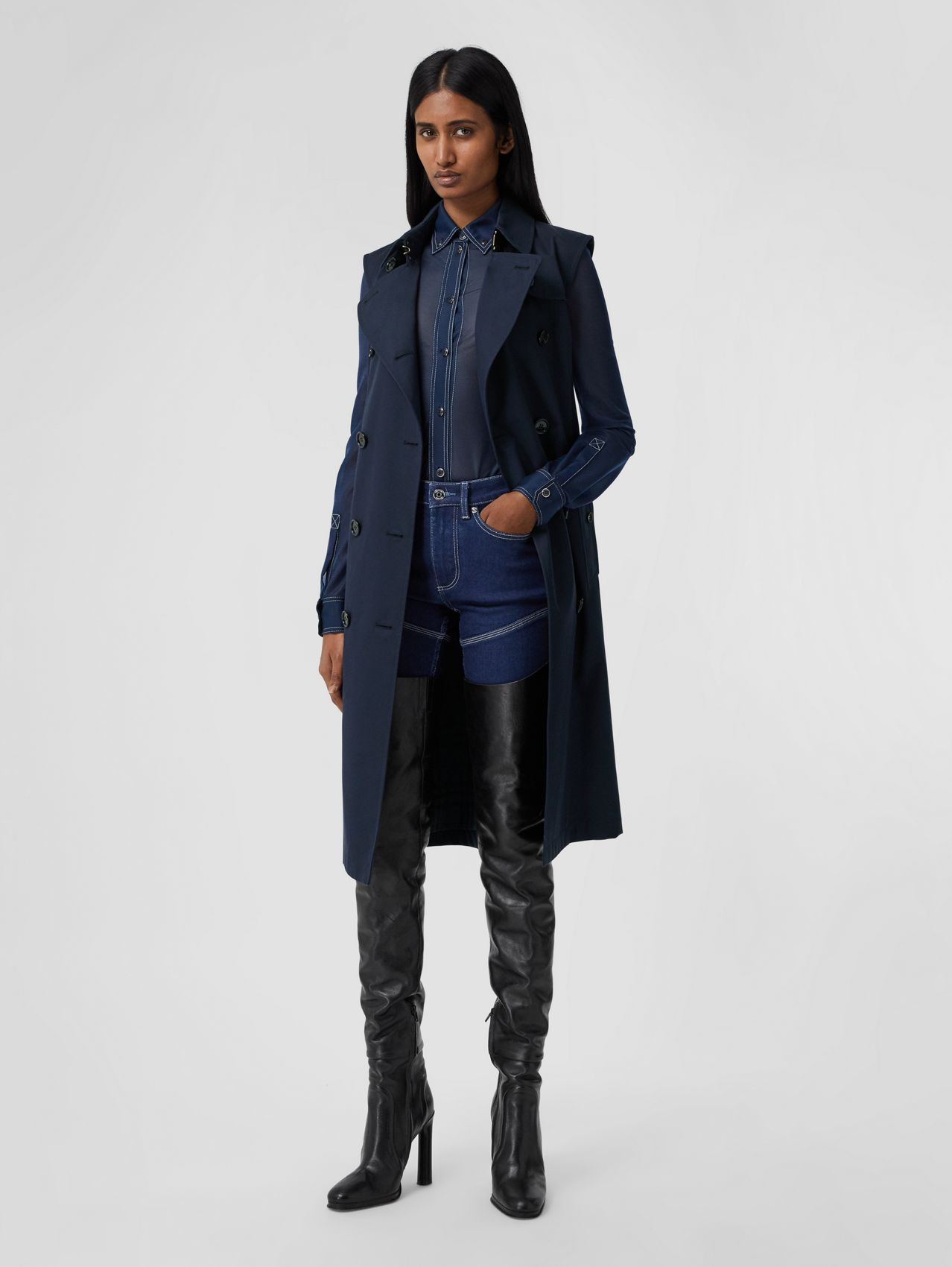 Cotton Gabardine Sleeveless Trench Coat in Midnight Blue