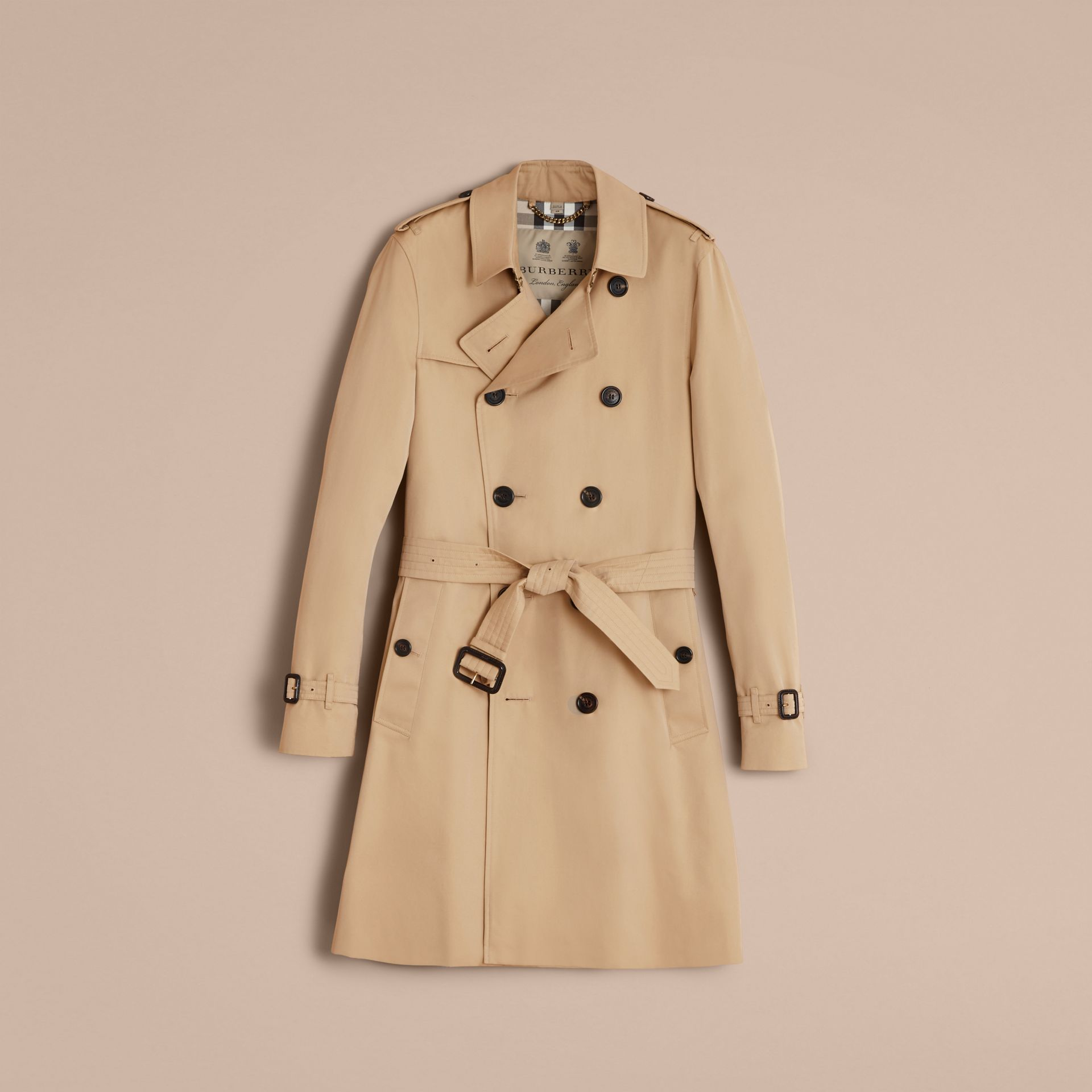 The Sandringham – Long Heritage Trench Coat in Honey - Men | Burberry - gallery image 4