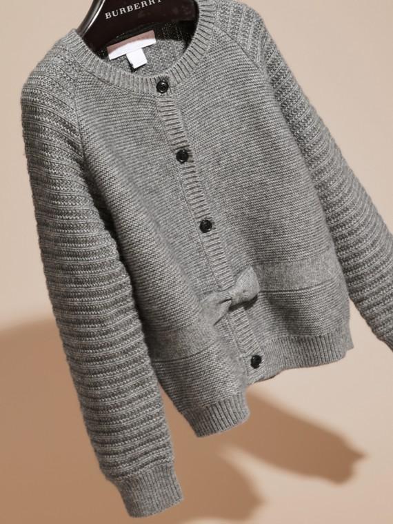 Grigio medio mélange Cardigan in cashmere e cotone con impunture multiple - cell image 2