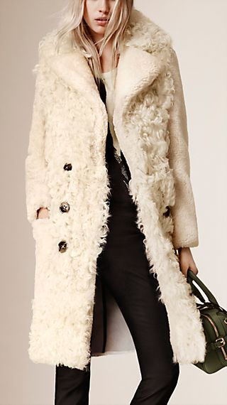 Fitted Contrast Shearling Coat