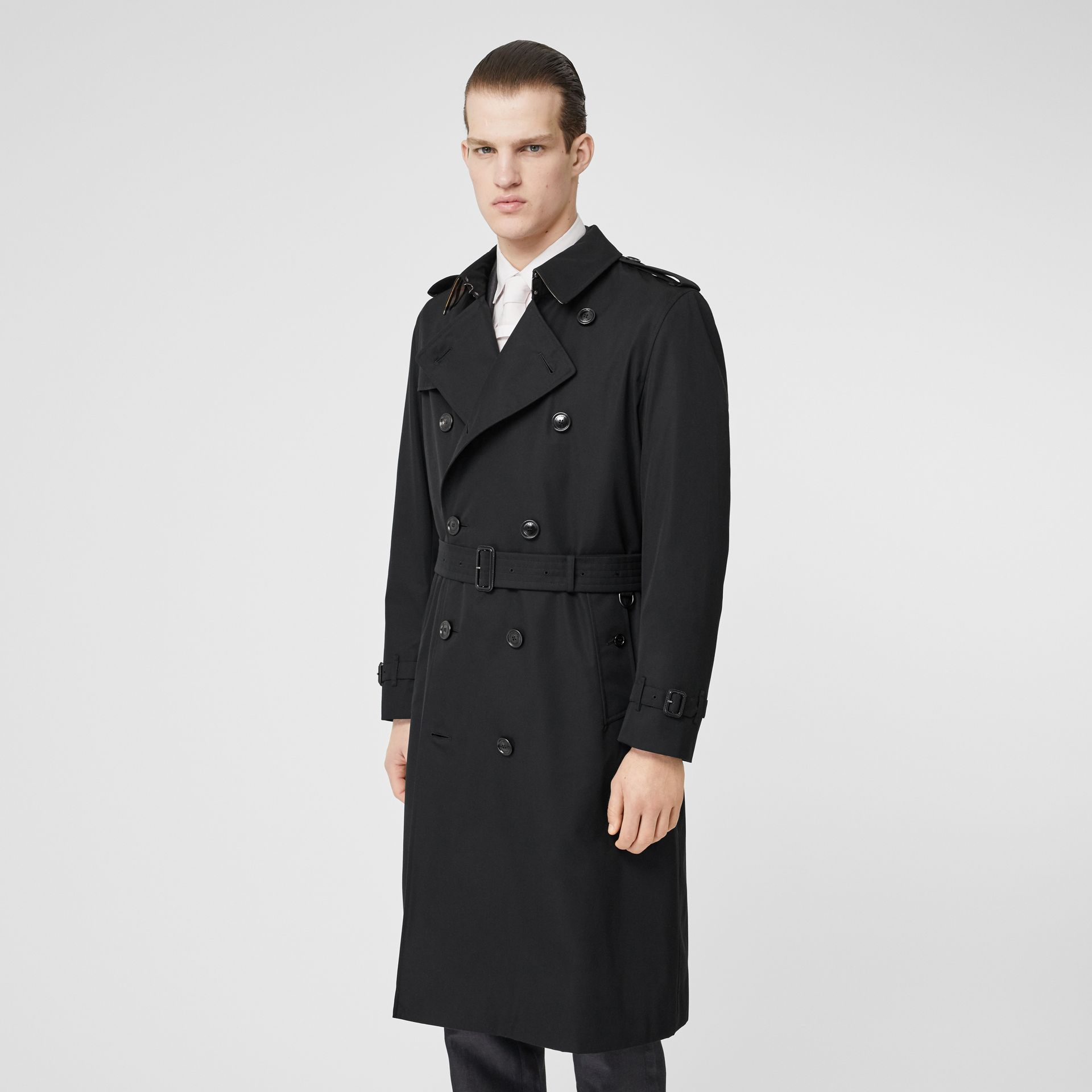 The Long Kensington Heritage Trench Coat in Black - Men | Burberry United Kingdom - gallery image 7