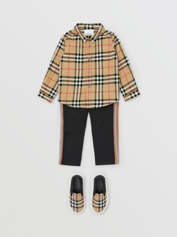 Vintage Check Cotton Flannel Shirt in Archive Beige - Children | Burberry - cell image 2