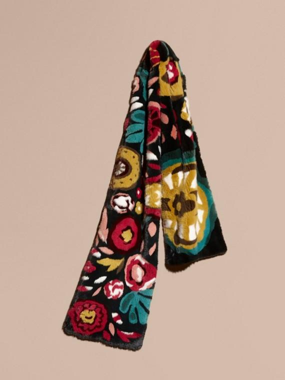 Schal aus Nerzpelz mit floralem Intarsienmuster